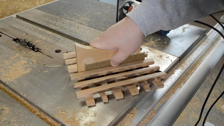 wood trivet 16