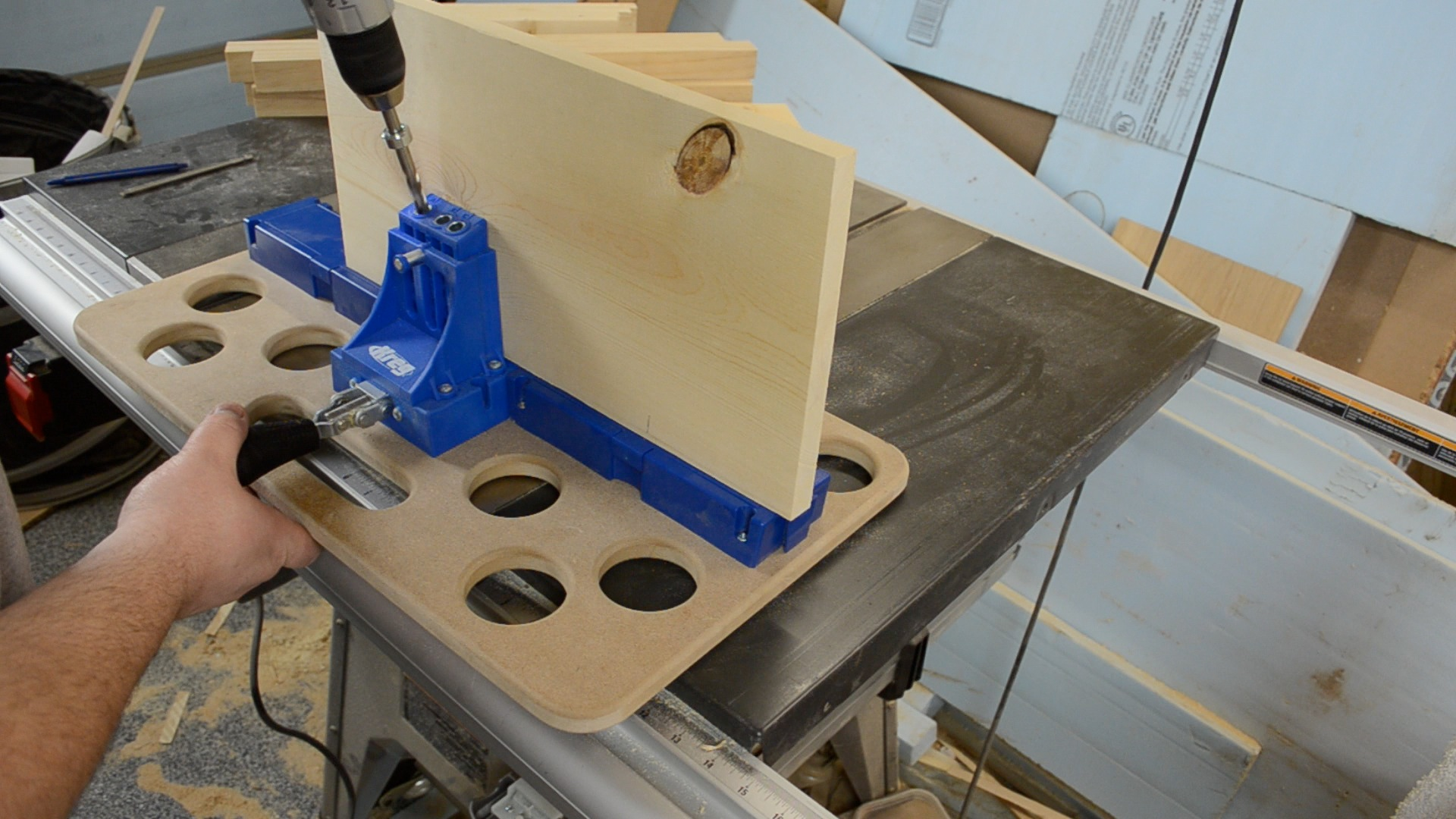 Kreg pocket hole router table plans best router 2017 21 fantastic woodworking table with holes egorlin kreg pocket hole plans cool building woodworking bench large version router keyboard keysfo Image collections