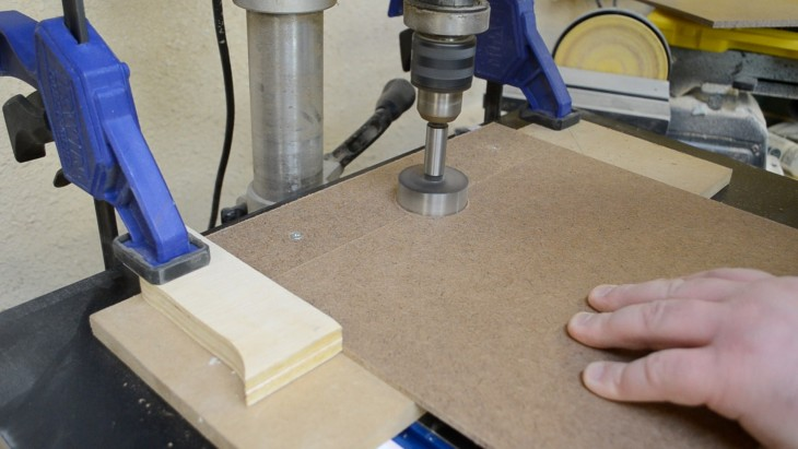 How to make a cabinet for sandpaper 20