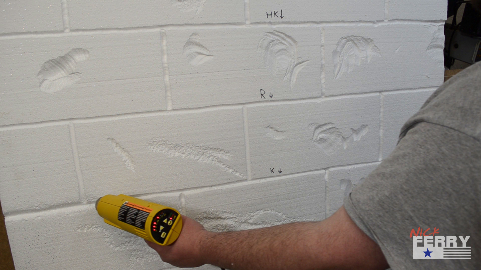 Making brick walls from styrofoam ep65 for Styrofoam block walls
