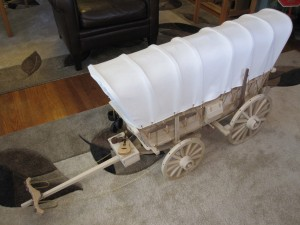 Kenbo Wooden Covered Wagon