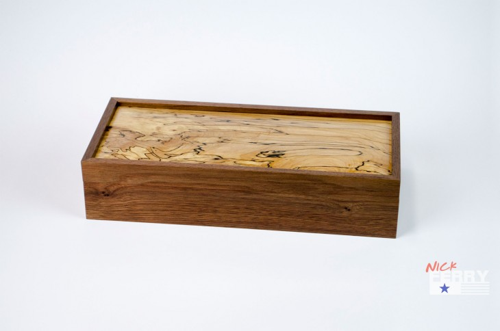 Walnut and Maple Keepsake Box 04